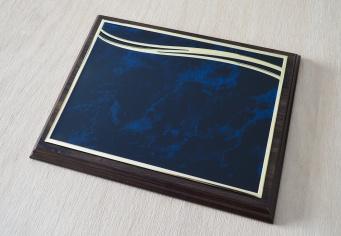 Placheta / Diploma metalica albastru cu auriu personalizata prin gravura laser