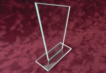 Trofeu din sticla personalizat
