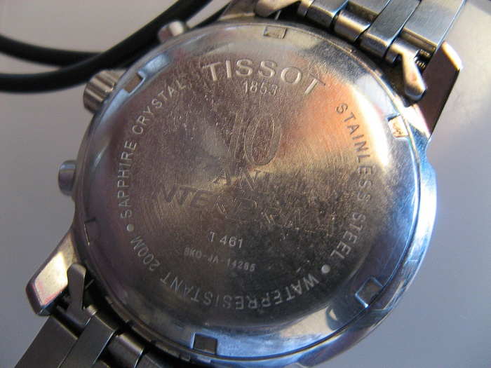 Capac ceas de mana personalizat prin gravura mecanica
